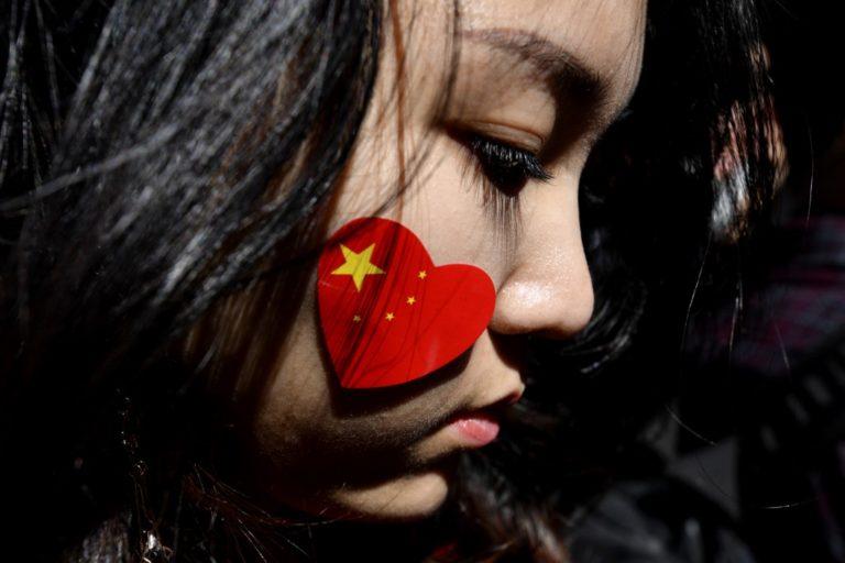 चीनी लोगों के लिए हांगकांग में बढ़ती जा रही हैं नफरत