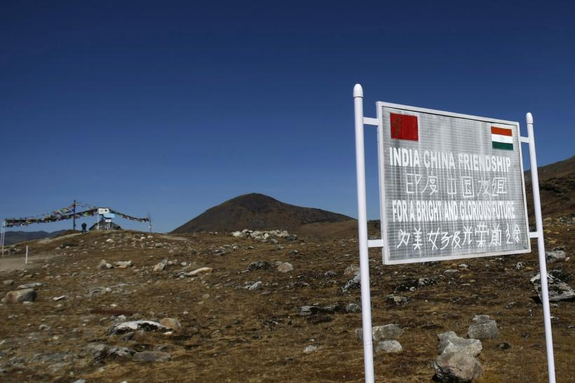 रक्षा मंत्रालय का दावा : चीन लद्दाख सीमा के पास टेंट बना कर सुरंग का निर्माण कर रहा है