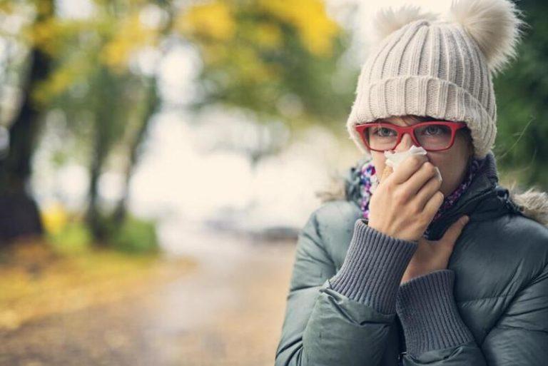 कुछ लोगो को ज्यादा ठंड लगती है लेकिन ये किसी बीमारी का संकेत भी हो सकता है