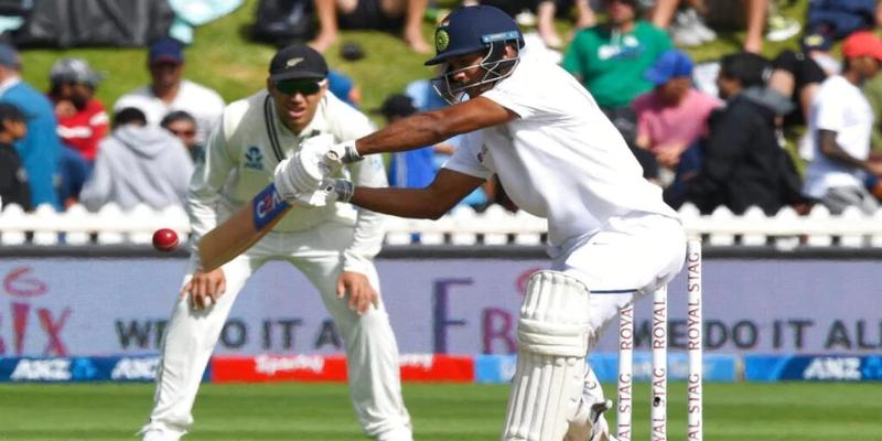 न्यूजीलैण्ड के साथ पहले टेस्ट मैच में भारतीय टीम पहली पारी में 165 रन पर धड़ाम