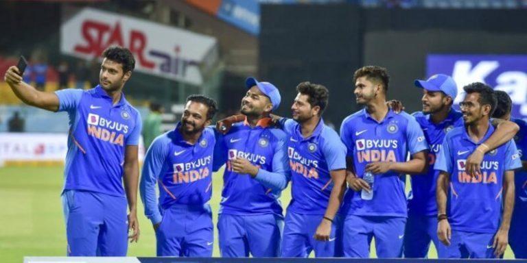 सार्दुल ठाकुर ने न्यूजीलैंड को सुपर ओवर में पहुँचा भारतीय टीम की जीत का रास्ता खोला