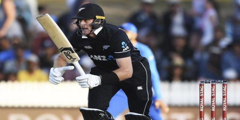 न्यूजीलैंड ने दूसरे वनडे में भी टीम इंडिया को हराया