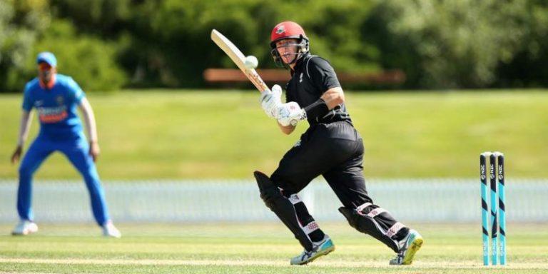 न्यूजीलैंड ने भारतीय टीम से लिया बदला : वन डे सीरीज में किया क्लीन स्वीप