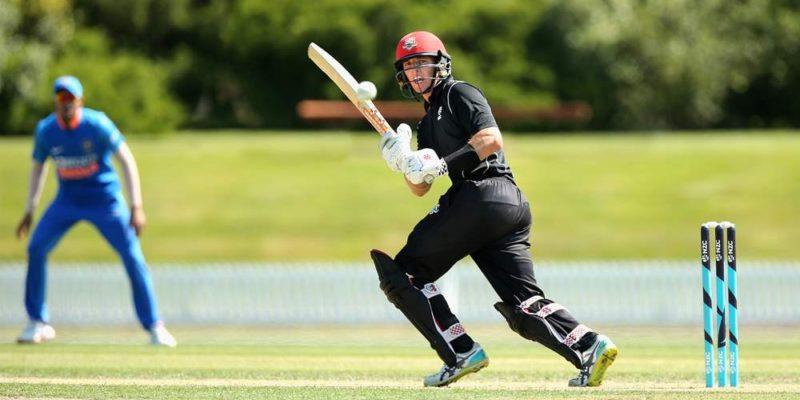 न्यूजीलैण्ड ने भारतीय टीम से लिया बदला
