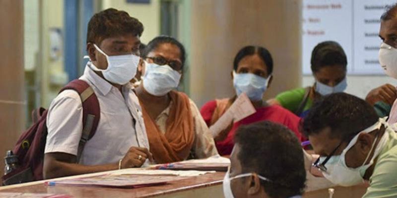 विशेषज्ञों की मानें तो भारत में कोरोना वायरस का प्रकोप शुरू हो गया है !
