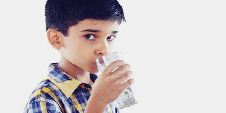 गर्म या गुनगुना पानी सेहत के लिए नुकसानदेह भी हो सकता है !