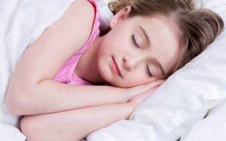 पूरी नींद लेना है जरूरी इसलिए सोने का समय निर्धारित करें
