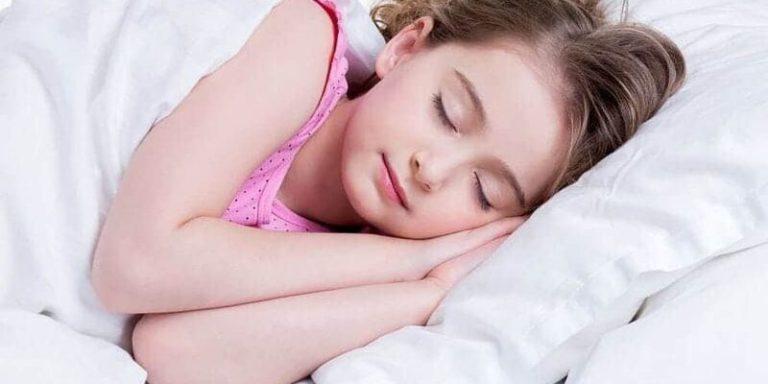 पर्याप्त नींद लेना है जरूरी इसलिए सोने का समय निर्धारित करें