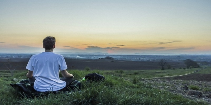 स्वस्थ रहने के लिए जाने सांस लेने का सही तरीका
