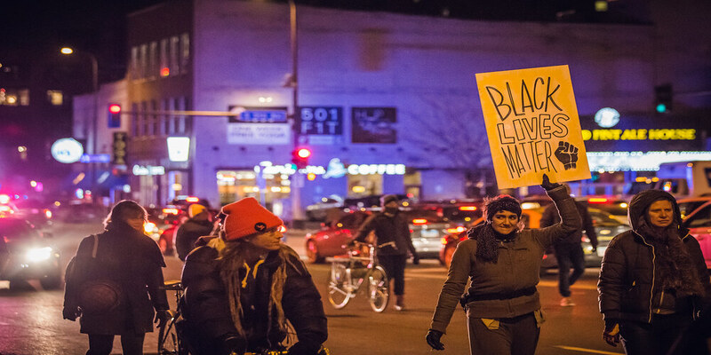 अमेरिका में नस्ली हिंसा का इतिहास है पुराना, हिंसा से हालात बेकाबू