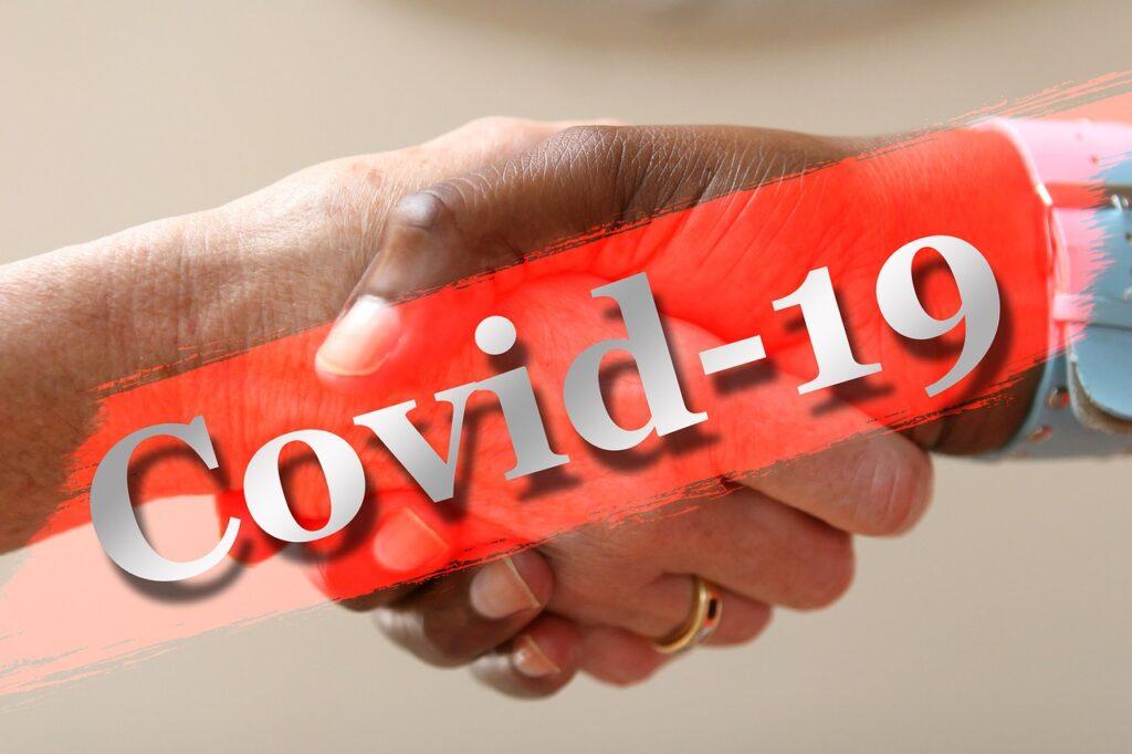 कोरोना वायरस संक्रमण से बचने का एक बेहतर उपाय सतर्कता और सावधानी ही है।