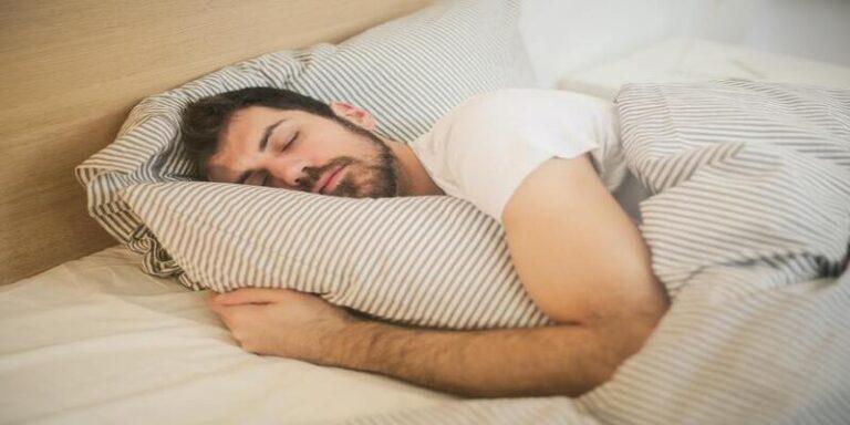 गर्मियों में अच्छी नींद के लिए जाने कमरे का सही तापमान