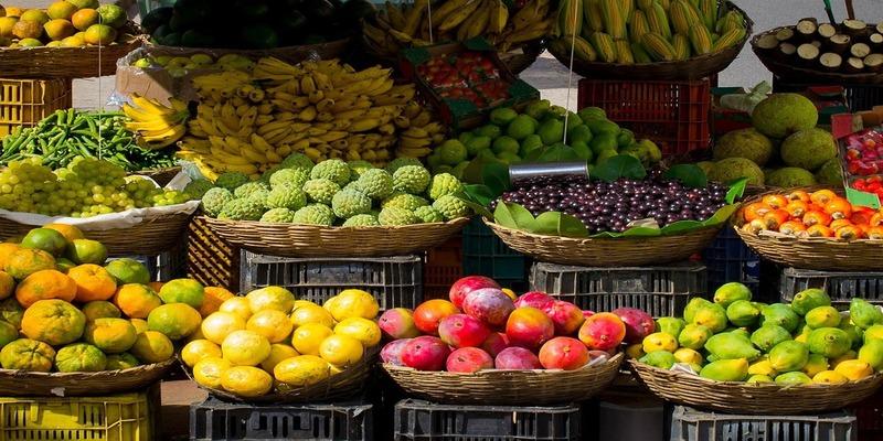 फलों और सब्जियों की सफाई किस तरह करें