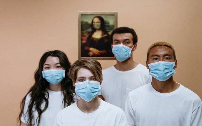 आइए जानते हैं इस कोरोना वायरस महामारी के दौर में मास्क पहनना कितना जरूरी है?