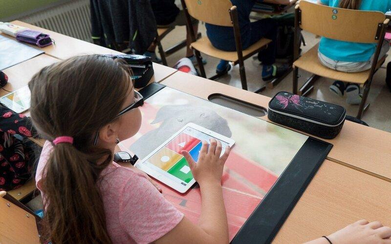 बदलते वक्त के साथ भारत को डिजिटल शिक्षा नीति को बढ़ावा देने की है जरूरत अब इसकी मांग भी बढ़ रही