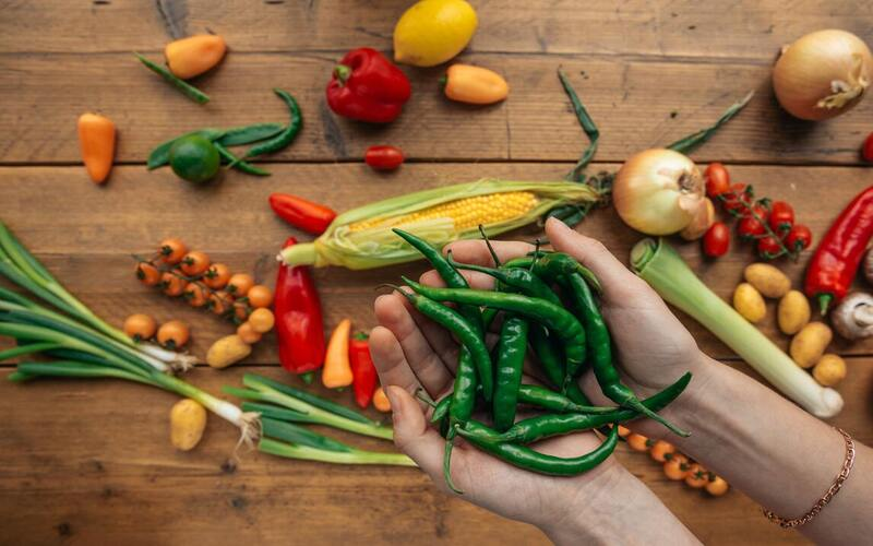 मिर्च खाना है फायदेमंद इससे हार्ट अटैक आने का खतरा 60% तक कम हो जाता है
