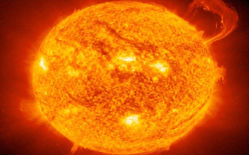 अगले 10 सालों में Artificial Sun से रोशन होगी दुनिया आइए जानते हैं इस तकनीक के बारे में