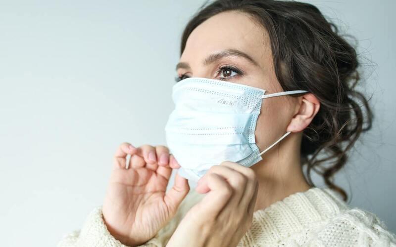 आम आदमी पर भारी पड़ रही कोरोना महामारी, भारत के लोगों में विदेशियों से अलग है इसके लक्षण
