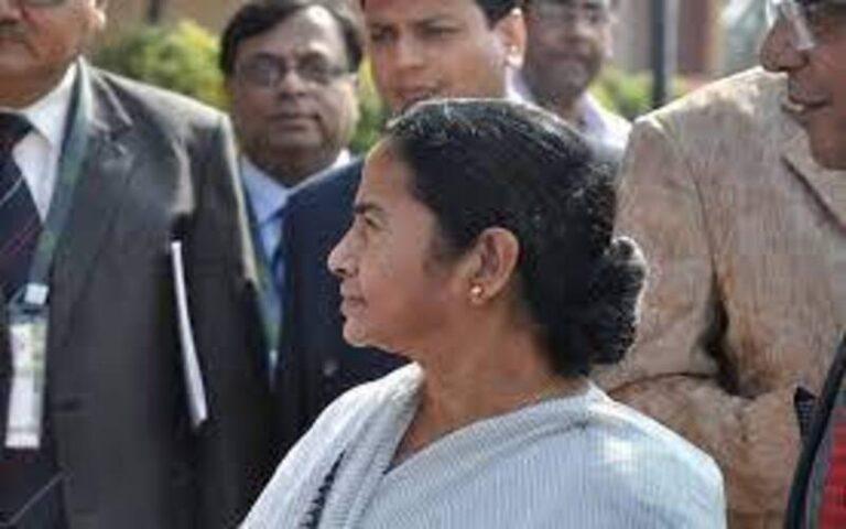 ममता बनर्जी बनी लगातर तीसरी बार पश्चिम बंगाल की मुख्यमंत्री, जानते हैं कुछ खास बातें