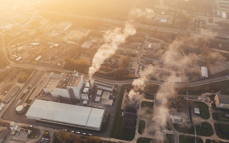 2020 में 11 साल बाद कार्बन डाइऑक्साइड के उत्सर्जन में 5 गुना की गिरावट देखी गई