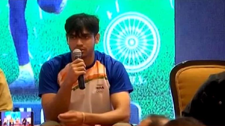 """नीरज चोपड़ा को भाला फेंकने के बारे में कभी कुछ नहीं पता था, फिर वह """"सर्वश्रेष्ठ"""" एथलीट कैसे बने?"""