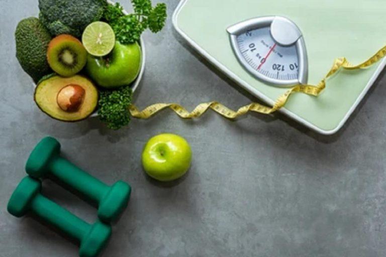 वजन कम करना बहुत आसान है, खाना-पीना बंद न करें, बल्कि चीजों की मार्केटिंग करने के बजाय उस विकल्प को अपनाएं