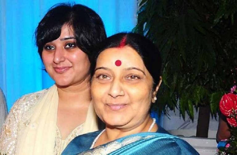 सुषमा स्वराज : वो थीं संकटमोचक मंत्री, उनकी राजनीति के दिलचस्प किस्से