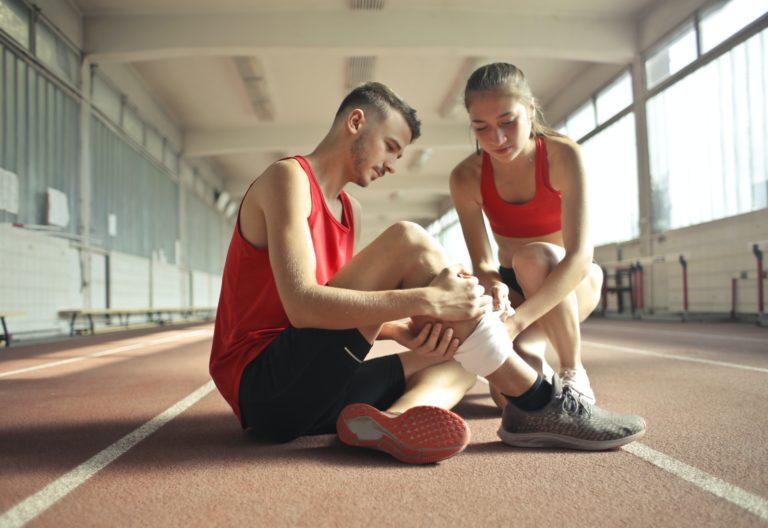 हड्डियों का स्वास्थ्य: ये आदतें बनाती हैं हड्डियां कमजोर, न करें तो भी ये गलतियां!